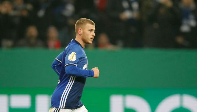 Max Meyer: Crystal Palace sign Germany midfielder from Schalke