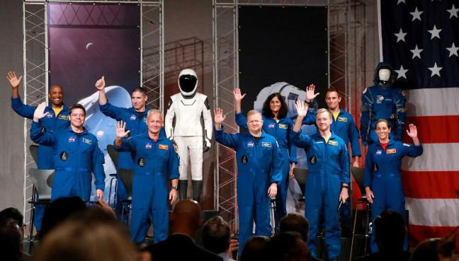NASA names astronauts for first commercial space flights