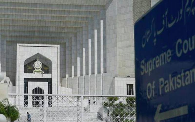 Hardliners threaten judges as Pakistan awaits blasphemy ...