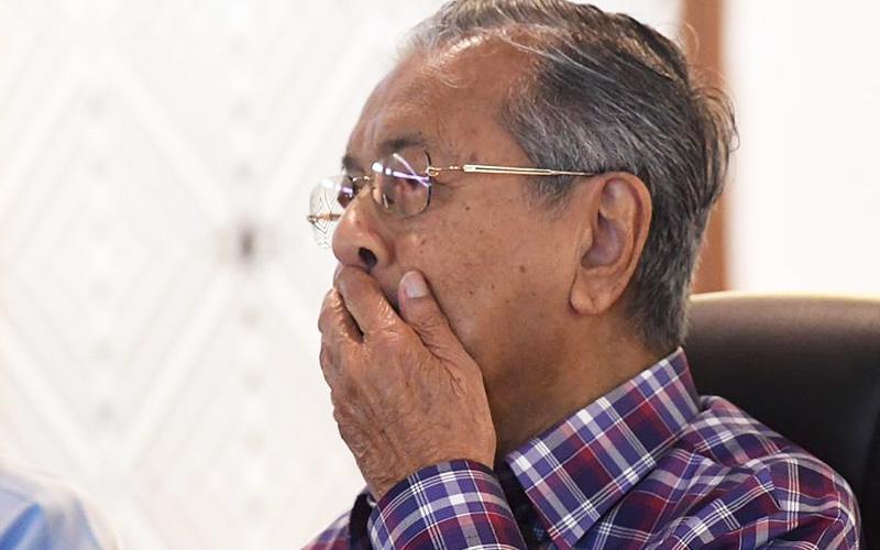 Hasil carian imej untuk Mahathir