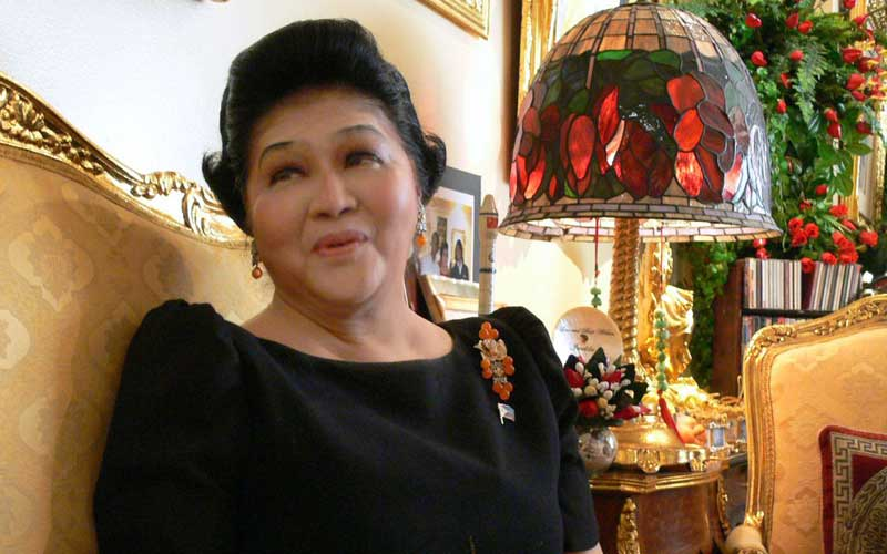 Imelda Marcos convicted of graft, court orders her arrest