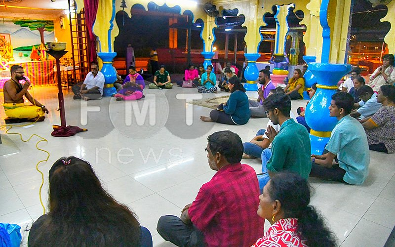 the devotees praying for the fast recovery of those injured in the fracas at the temple in usj subang jaya