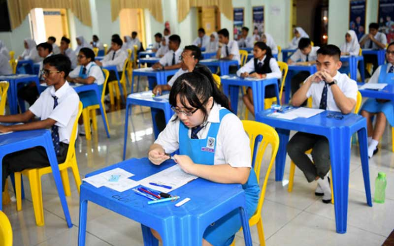 Hold SPM, STPM next year, replace PT3 with project papers, govt ...
