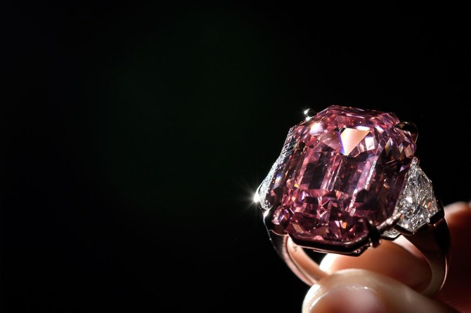 Exceptionally large 'Pink Legacy' diamond sells for $50 million at Christie's class=