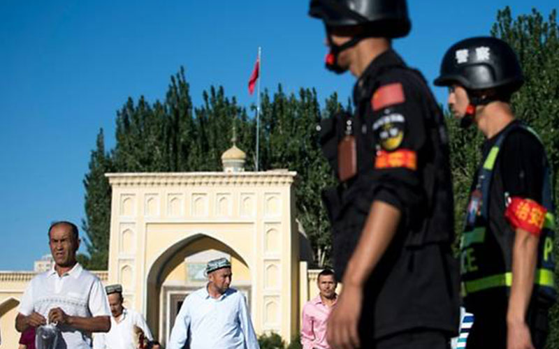 China's Uighurs: State defends internment camps