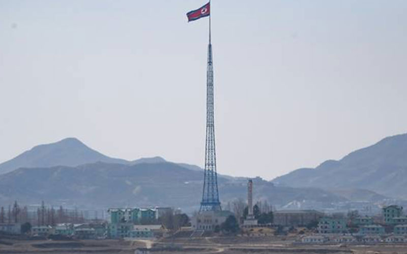 North Korean soldier defects to South: South's military
