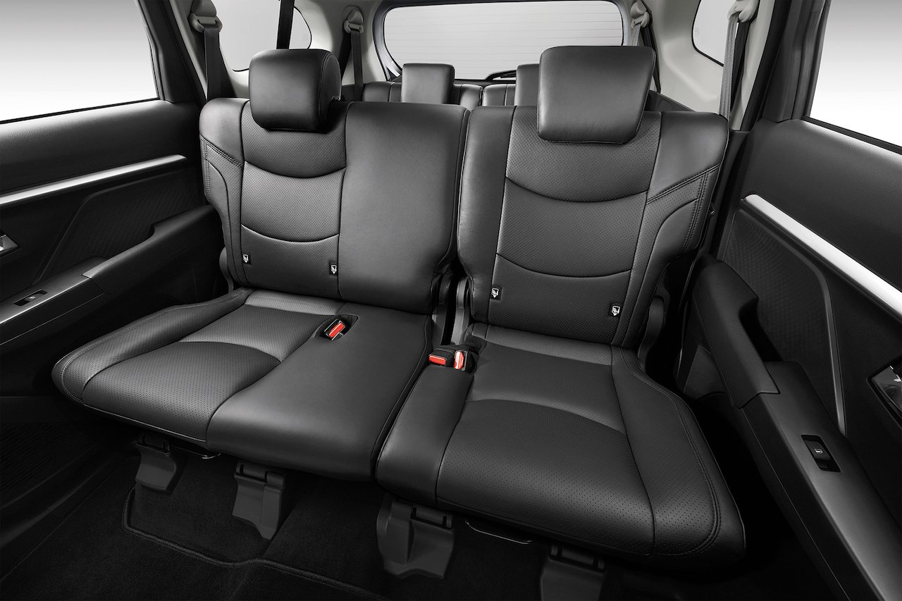 Five Star Auto >> Malaysia's best-value SUV, Perodua Aruz has arrived   Free ...