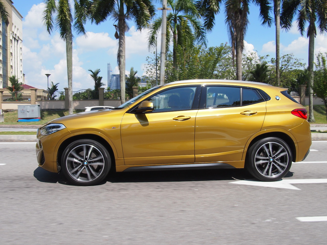 Who S Superior Bmw S X2 Mercedes Gla Or Volvo S Xc40