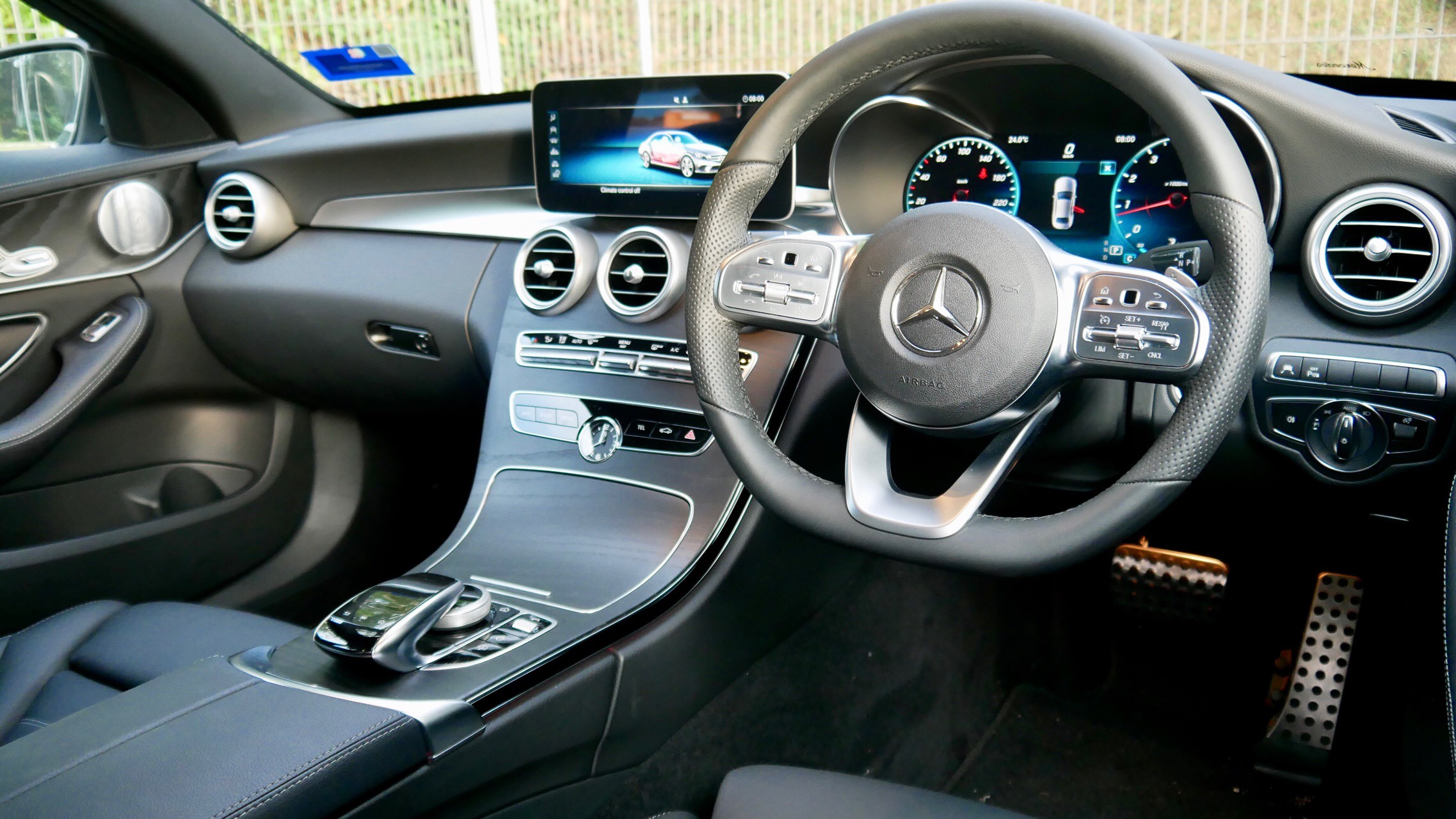 When The Hybrids Go Away This C300 Comes To Play Free Malaysia Today