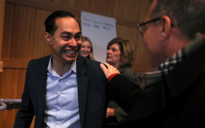 Obama's former housing chief Julian Castro joins 2020 campaign