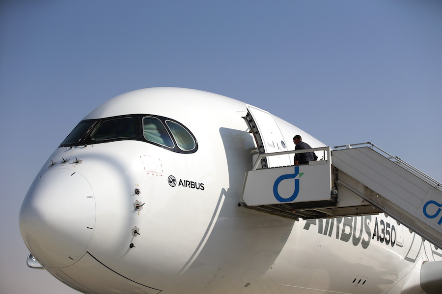 World's longest flight has Boeing, Airbus battling for deal | Free