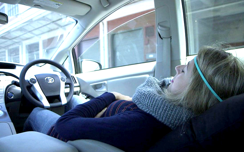 Image result for tidur dalam kereta