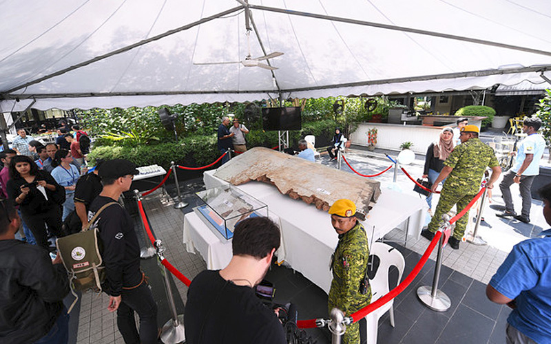 Malaysia open to proposals to resume MH370 hunt