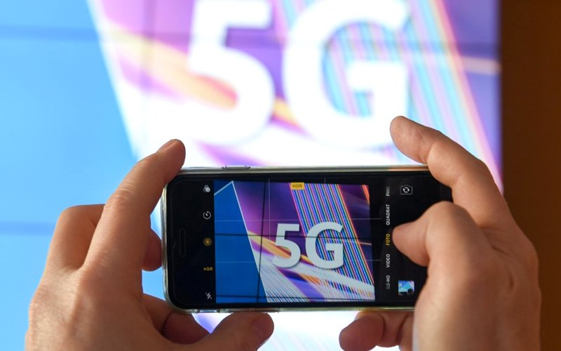 China grants 5G licenses to major telecoms