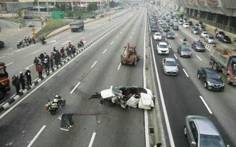 Accidnt-kemalangan-Highway-Twitter Mangsa kemalangan boleh saman syarikat lebuh raya, kata peguam