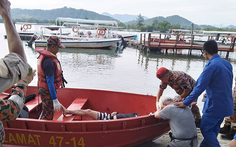 After tourist drowns, resorts told to put up more warning