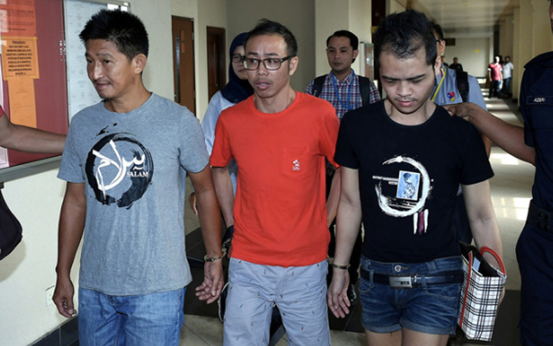 Hawker gets 30 months' jail for insulting Islam, fireman Adib | Free