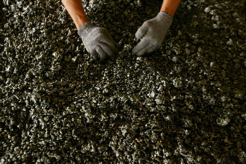 Indonesia suspends nickel ore exports