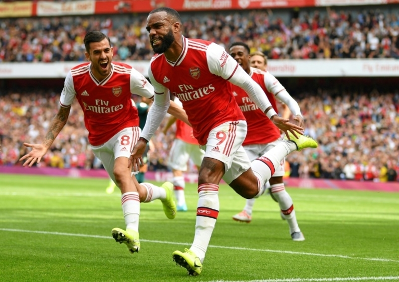 Arsenal sense chance to further unsettle Spurs