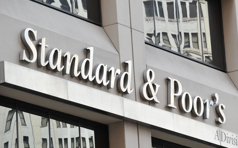 S&P maintains stable outlook for Malaysian banks, but ...