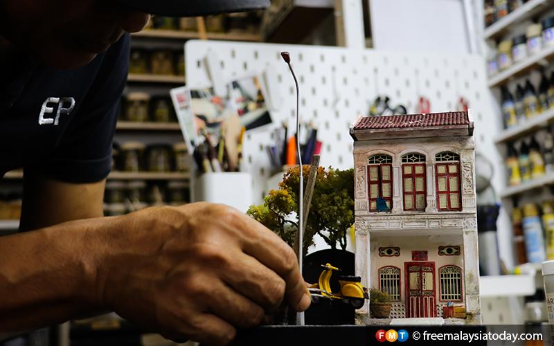 13) Eddie Putera - Miniature Diorama Artist - Hulu Langat - 11112019 - FMT