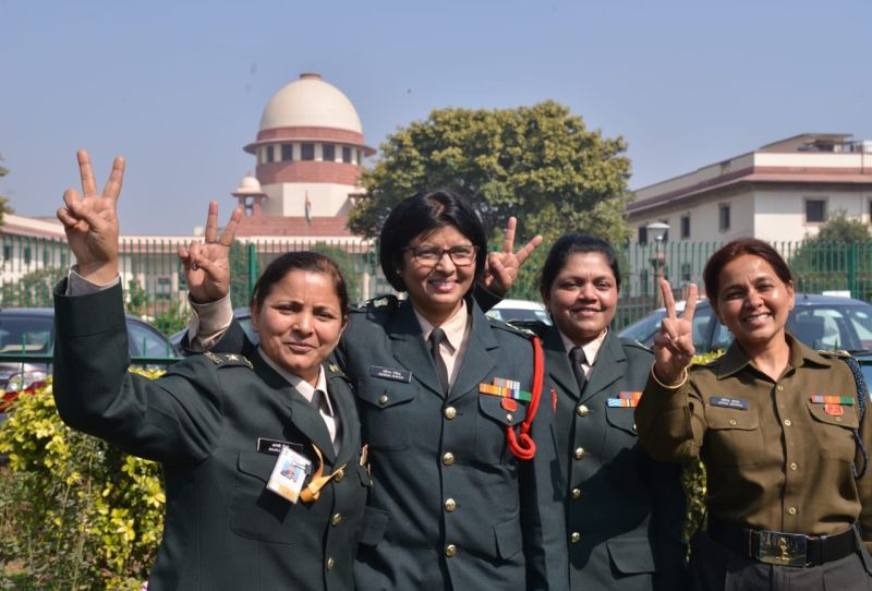 SC clears command roles for women in army