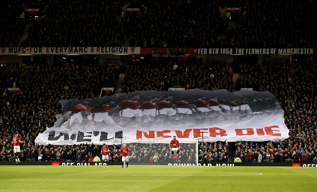 Man Utd's income falls as a result of Champions League absence