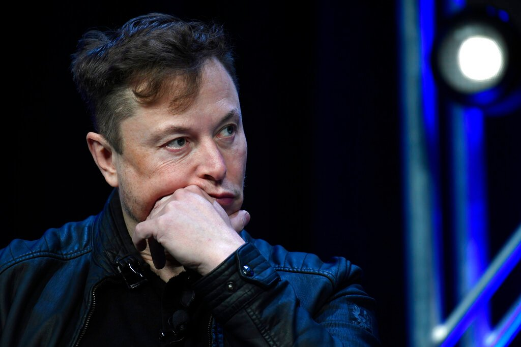 Disturbance in the Force: Elon Musk claims Apple broke his email system