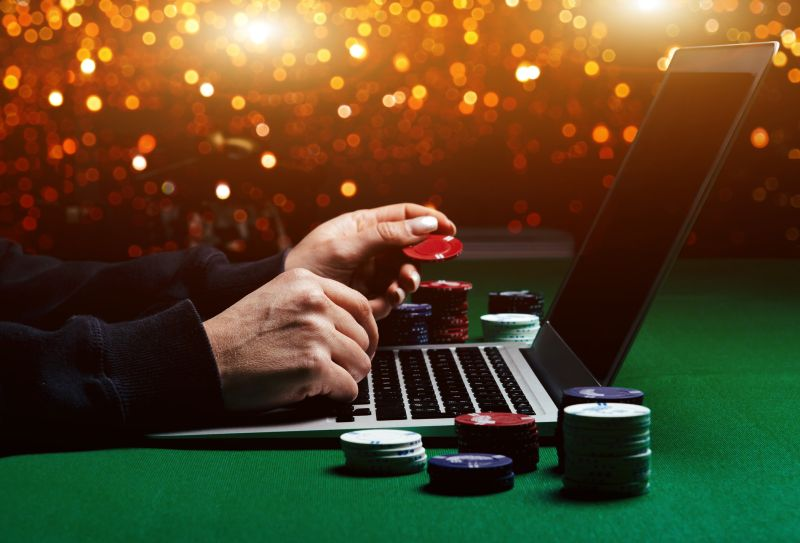 Home-bound Britons provide boost for online casino companies | Free Malaysia Today