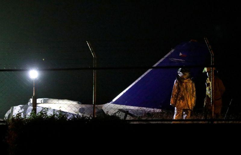 8 perish as plane explodes during takeoff at NAIA