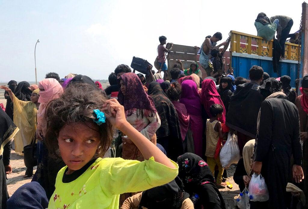 Coronavirus: Rohingya refugees stranded at Sea