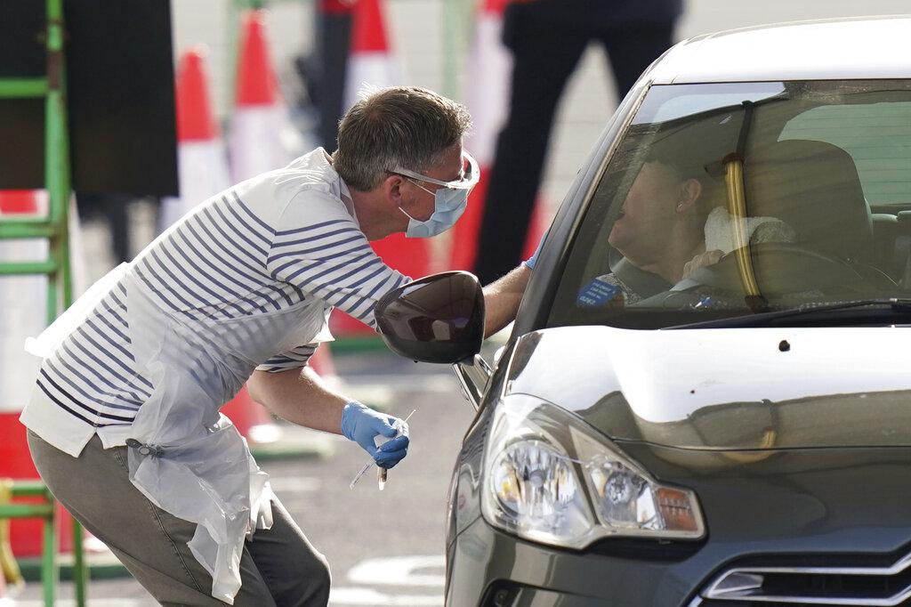 United Kingdom was too slow to react to the coronavirus outbreak, professor says
