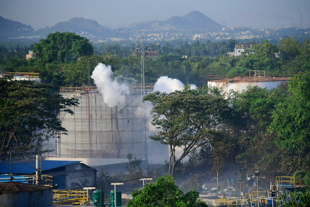 Fire at LG Chem's catalyst plant in S. Korea leaves 1 dead, 2 injured