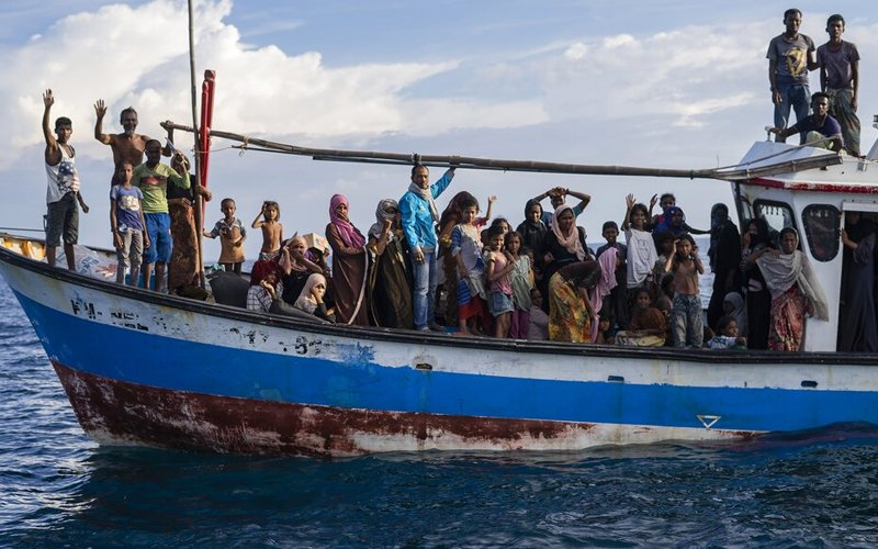 Detained Rohingya pose no additional virus risks, says medical body - Free Malaysia Today