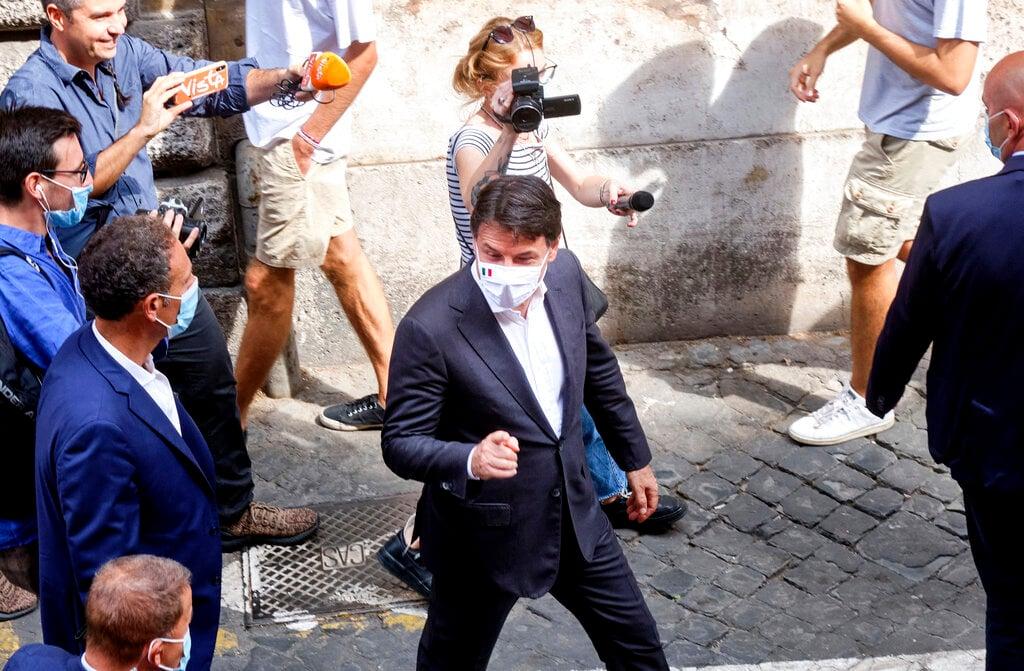 Italy political crisis erupts over EU Covid spending