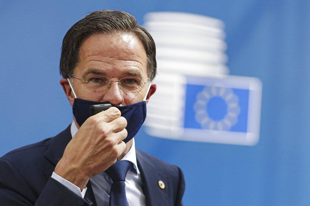 Dutch govt quits over child benefits scandal