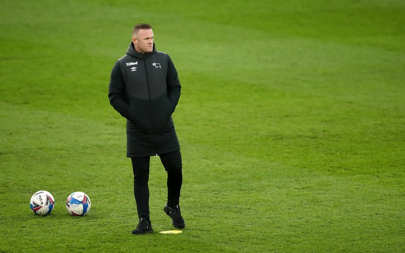 Rooney calls quits on playing career to manage Derby
