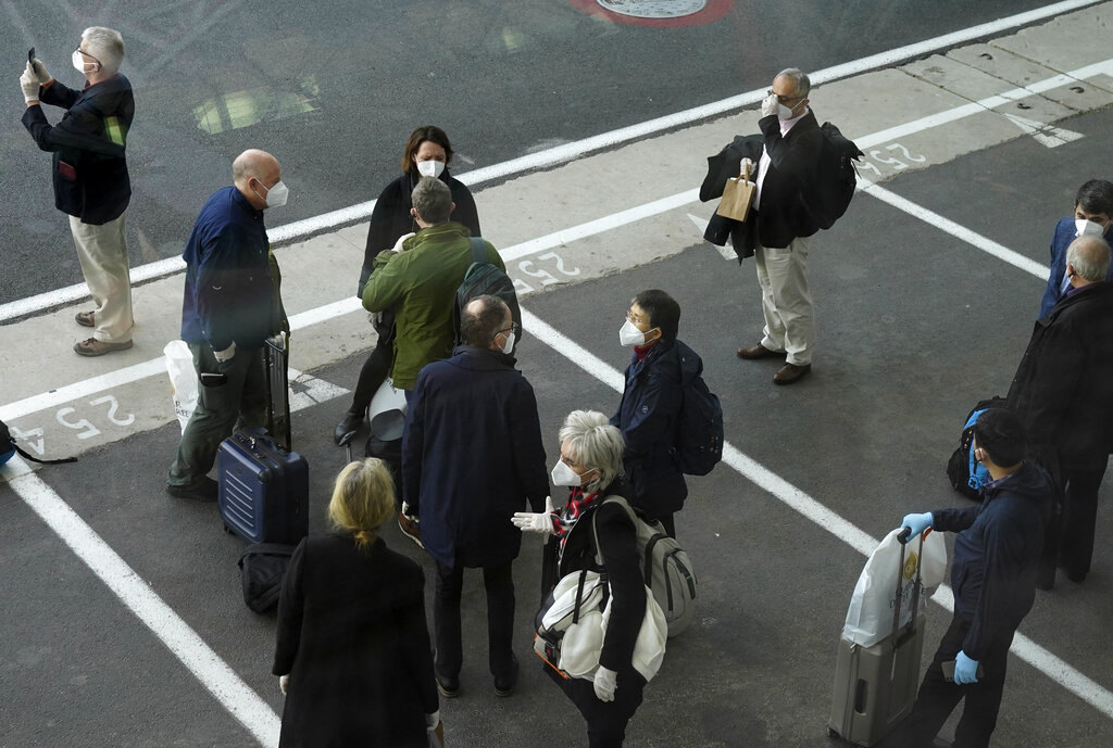World Health Organization team arrives in Wuhan to probe virus origins