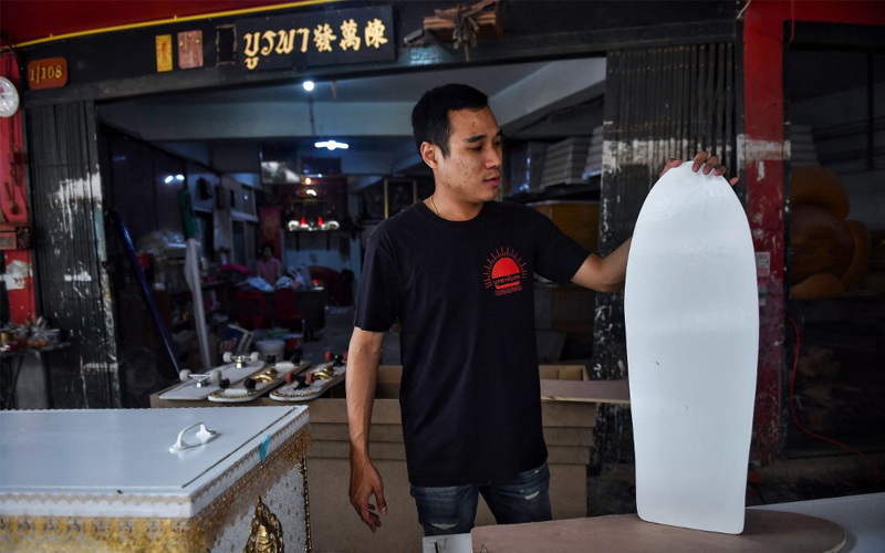 Thai coffin-maker turns caskets into skateboards   Free Malaysia Today (FMT)