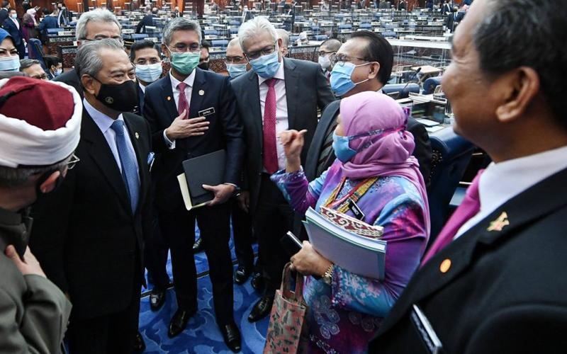 [Image: women-parliament-bernama-120321-1.jpg]