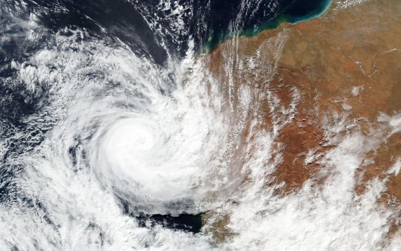 Cyclone Seroja: Fast-moving cyclone lashes Western Australia